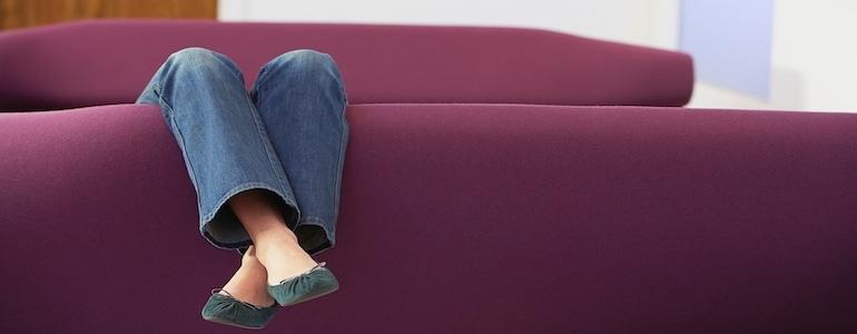 rotweinflecken entfernen sofa