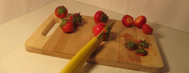 Erdbeeren zum Einfrieren vorbereiten