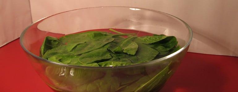 Spinat waschen