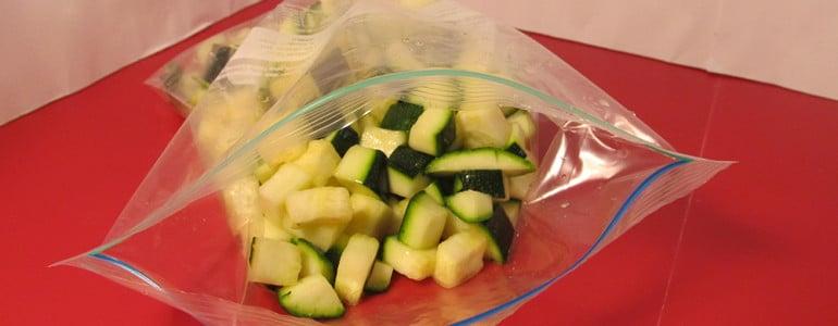 Zucchini im Beutel einfrieren